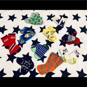 Bundle of boys socks ages 3-5